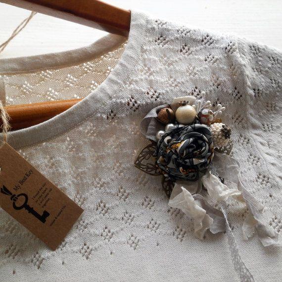 Шелковый бисера брошь.  Невеста цветок брошь.  Оливковый зеленый цветок ткань булавка.  Элегантный брошь.  Фисташки Ткань брошь.  Подарки для подружек невесты.