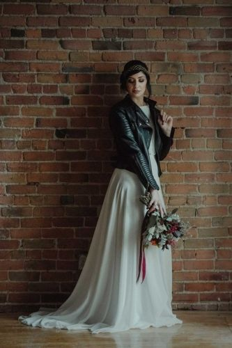 Unconventional and Rock'n roll wedding dress from Dream it Yourself Montreal