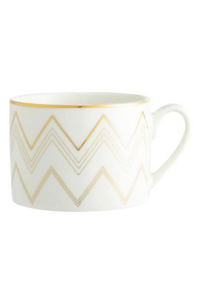 Metallic-print mug: Porcelain mug with a shimmering metallic print. Height 6.5 cm, diameter approx. 9 cm.