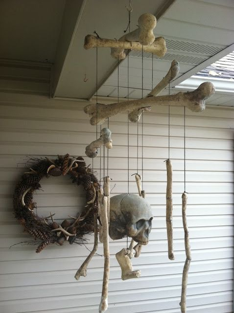 Cute bone mobile idea - Dollar tree always has bags of bones (maybe rub some dark shoe polish on them to make them look old?)