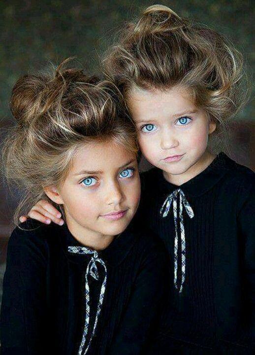 I always wanted blue eyes like these girls!