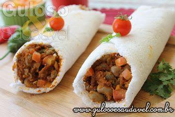 Quem gosta de burrito e de tapioca? Bora preparar para o #lanche ou #jantar este Burrito de Tapioca!  #Receita aqui: http://www.gulosoesaudavel.com.br/2014/07/30/burrito-tapioca/