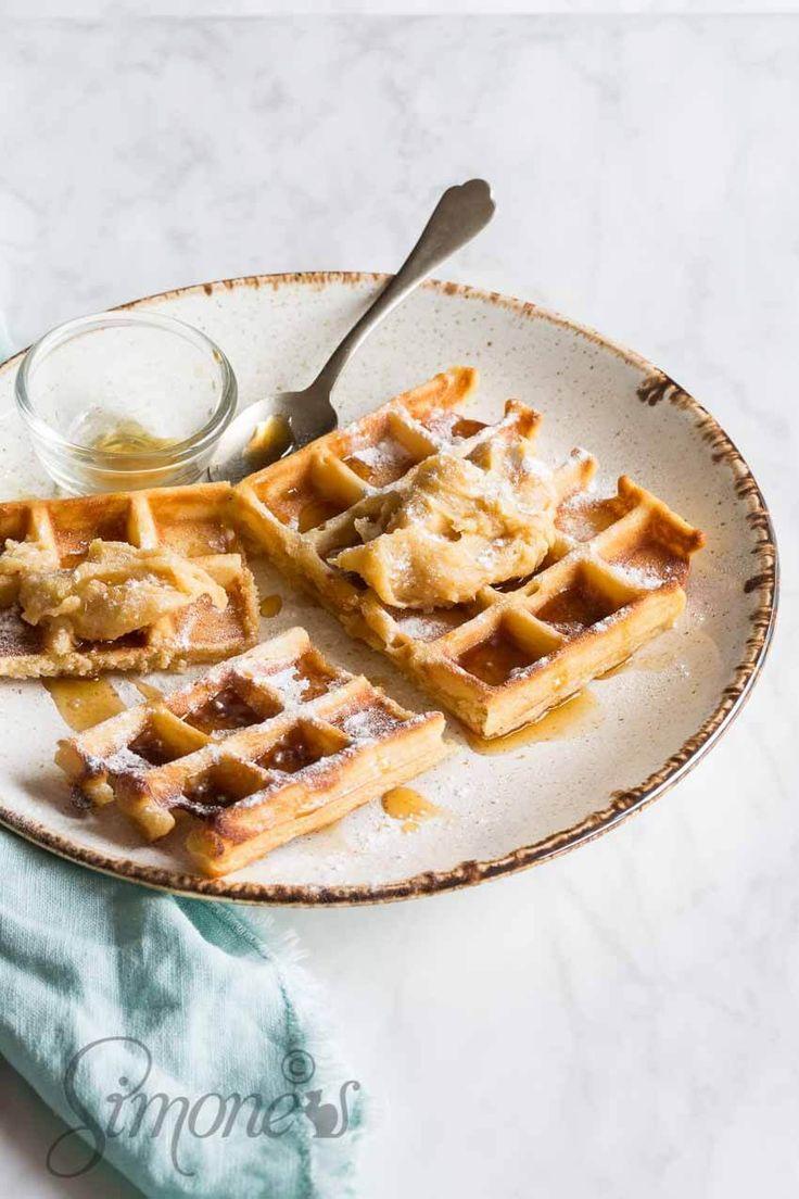 Wafels met gebrande maple boter http://simoneskitchen.nl/wafels-met-gebrande-maple-boter/