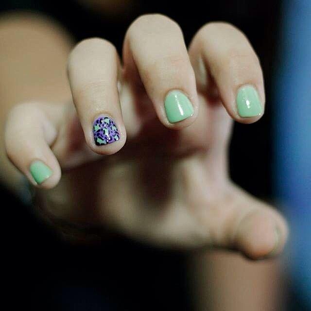 una garra de leoparda  #nailart #nailartperu #uñasmaniatikas #notd #leopardnails