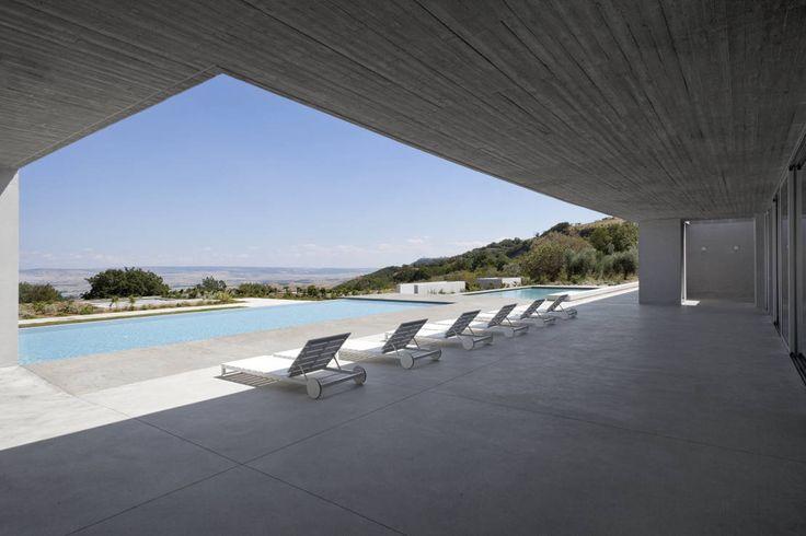 RESIDENZA PRIVATA : Case in stile mediterraneo di Osa Architettura e Paesaggio