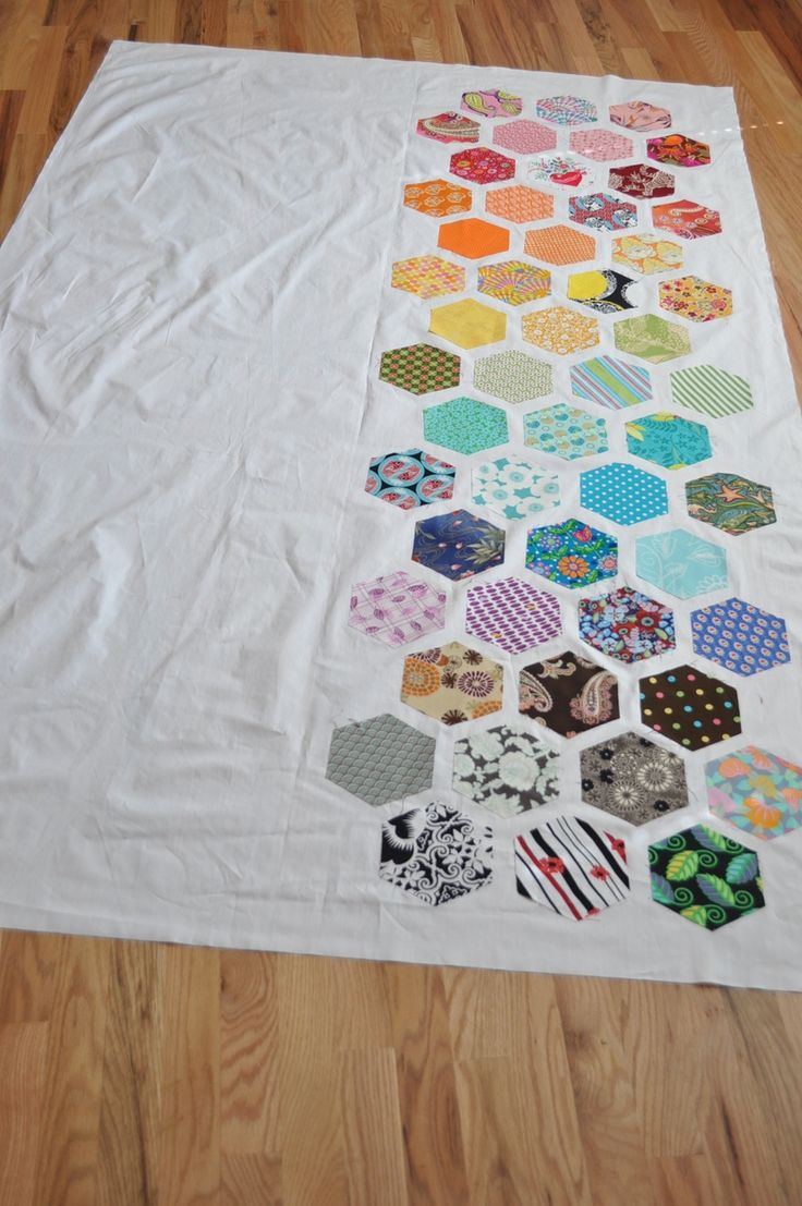 1000+ images about just hexies on Pinterest Quilt, Grandmothers and Pin cushions