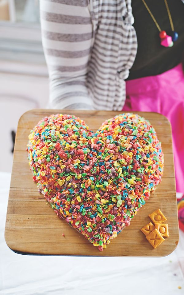 Fruity pebble heart with the BEST pink cream cheese dip inside!