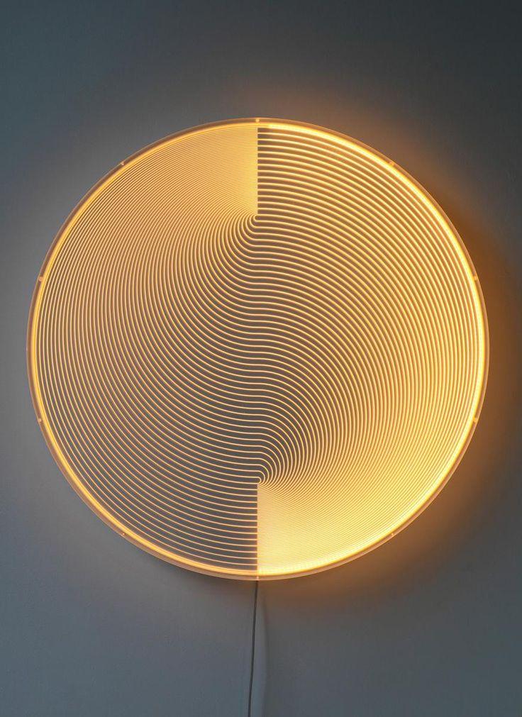 Sculpture lumineuse d'Arnout Meijer Thanks for the Sky Bleue/Orange