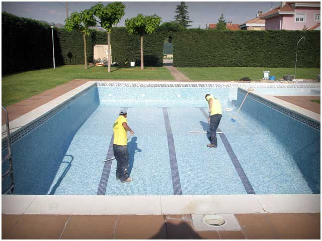 Mantenimiento de Piscinas - Para Más Información Ingresa en: http://jardinespequenos.com/mantenimiento-de-piscinas/