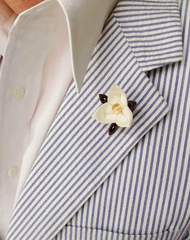Mens Lapel Pin Flower Lapel Pin White Lapel Flower Trillium Kanzashi Pin Custom Lapel Pins Men White Boutonniere Silk Boutonniere Wedding by exquisitelapel on Etsy https://www.etsy.com/listing/263609367/mens-lapel-pin-flower-lapel-pin-white