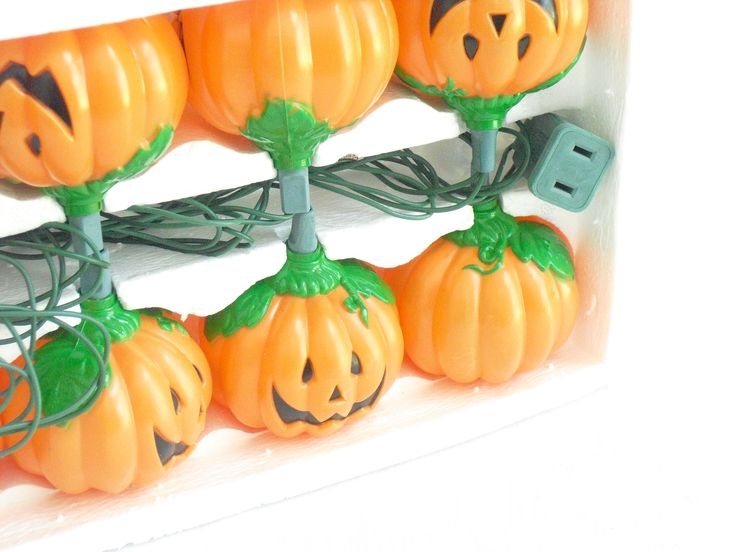Vintage 10 Pumpkin Light Set, Halloween Decoration, House of Lloyd, Indoor Use Only, Jack O'Lantern String Lights for Patio Porch, Blow Mold by AgsVintageCove on Etsy