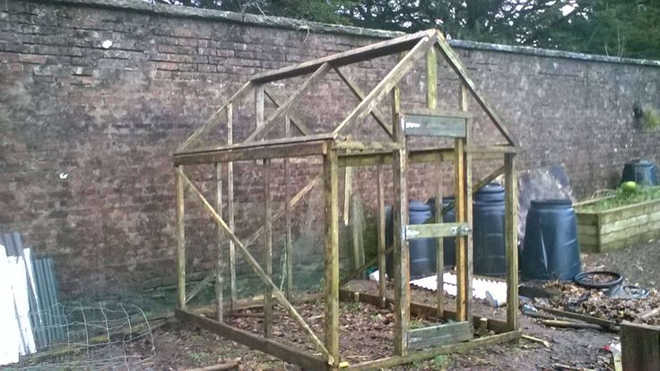 htthttps://flic.kr/p/Dw24B1 | Greenhouse made from recycled wood