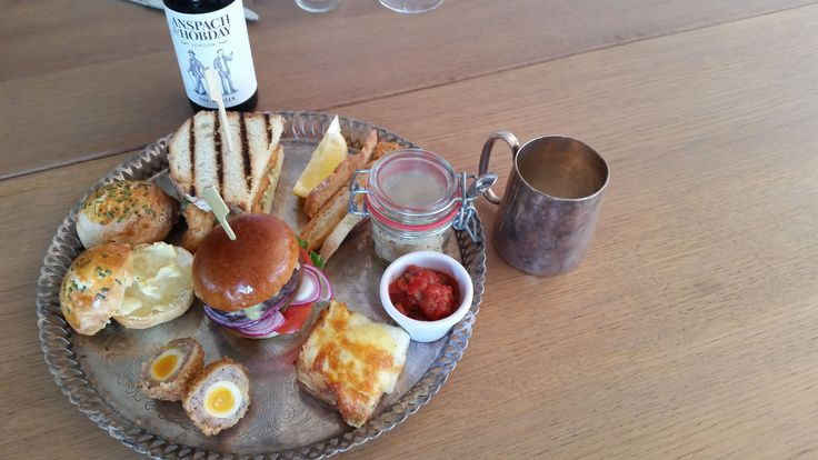 Father's Day & Gentlemen's Afternoon Tea - Swan Restaurant, London