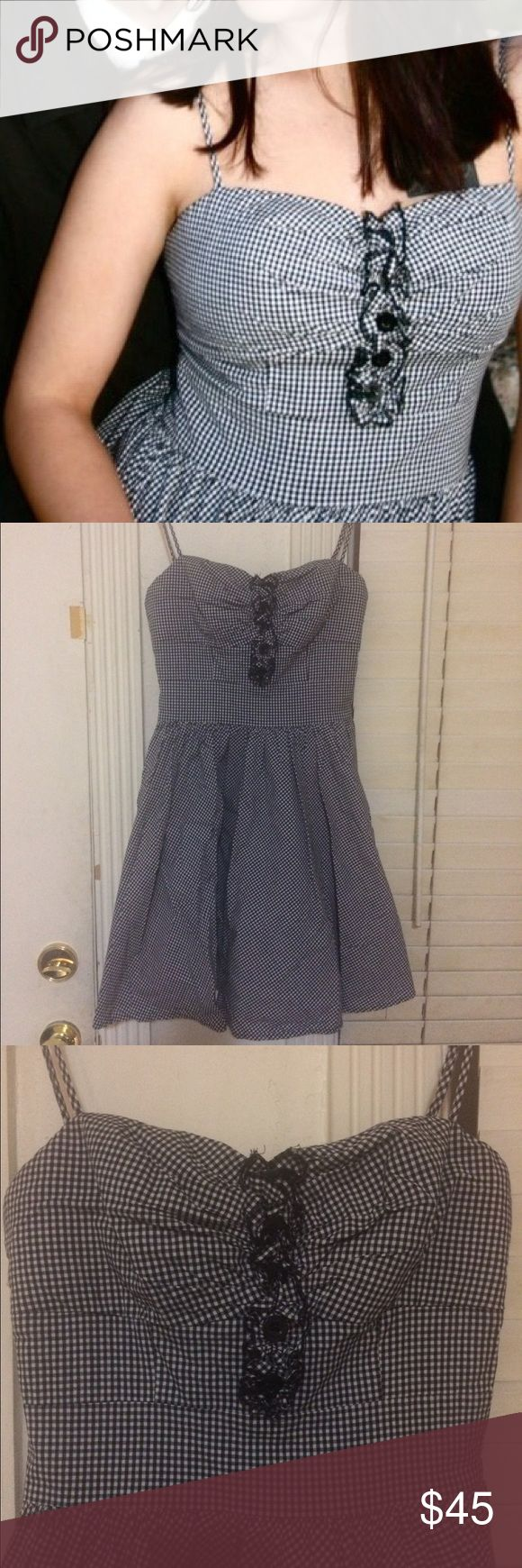 Bebe Gingham Pinup Retro Dress Absolutely gorgeous dress, great for dancing and twirling around! bebe Dresses Mini