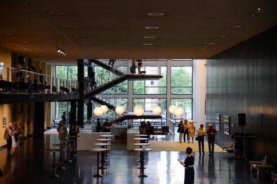 Deutsche Oper Berlin im Foyer 2013