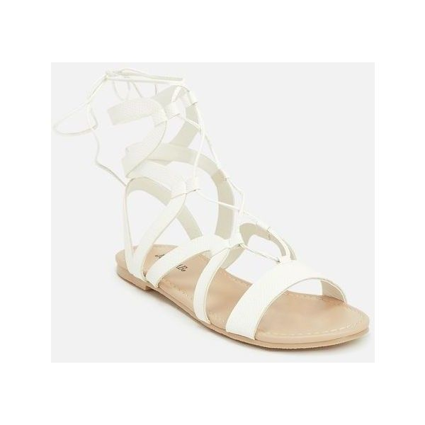 Justfab Flat Sandals Liisi ($30) ❤ liked on Polyvore featuring shoes, sandals, white, lace up sandals, summer sandals, flat gladiator sandals, flat sandals and white gladiator sandals