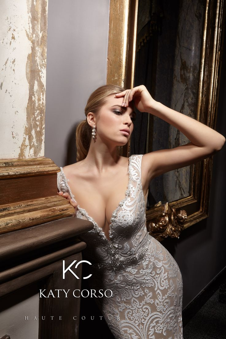 For creating such majestic image in company Katy Corso use only best quality laces and fabrics! We choose the best for You! #CatyKorso #weddingdresses #HauteCouture