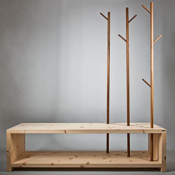 Massivholz Garderobe/Sitzbank 'MyStyle' mit Kleiderstangen aus Nussholz – echte Handarbeit aus Südtirol