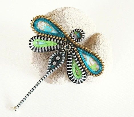 zipper crafts patterns | ... Brooch Zipper Jewelry by KristinaRyanDesigns on Etsy | Craft Juice