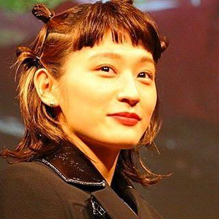 いいね!140件、コメント4件 ― コムアイさん(@komuai2325)のInstagramアカウント: 「髪型最高 . #コムアイ #kom_i #水曜日のカンパネラ #すいかん#カンパネラ @kom_i_jp」