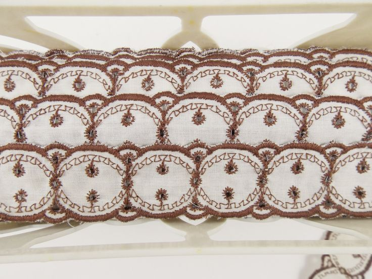 Bt the yard, vintage trim ribbon, white and brown, sewing supplies, antique ribbon, destash, sewing notions, costume making, embellishment. by LeVieuxGrenier on Etsy