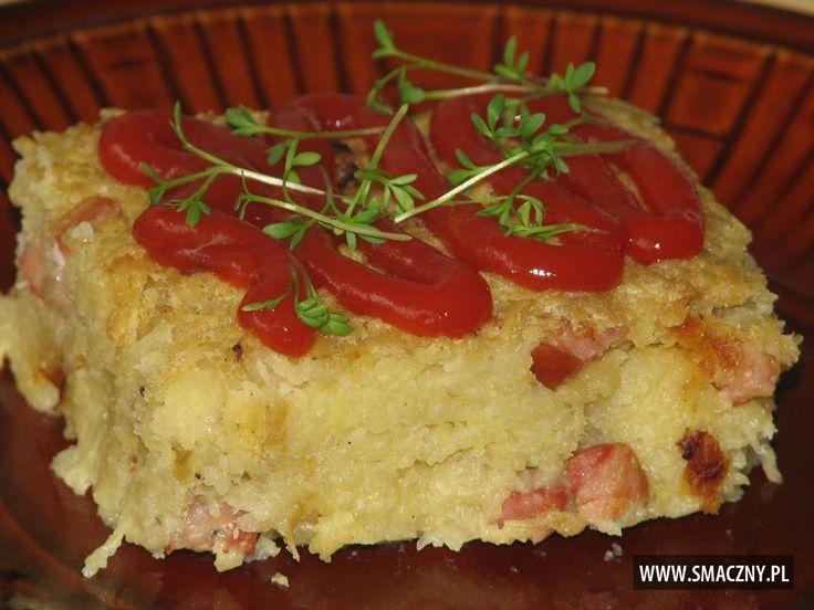 Pyszna i sycąca #babka poleca się na dzisiejszy #obiad:  http://www.smaczny.pl/przepis,babka_ziemniaczana  #przepisy #daniagłówne #ziemniaki #babkaziemniaczana #kiełbasa #wędzonyboczek #cebula #olej #jajka #majeranek #mąka