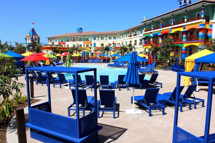 Did you know that guests at the LEGOLAND Hotel at LEGOLAND California get early admission to the park?