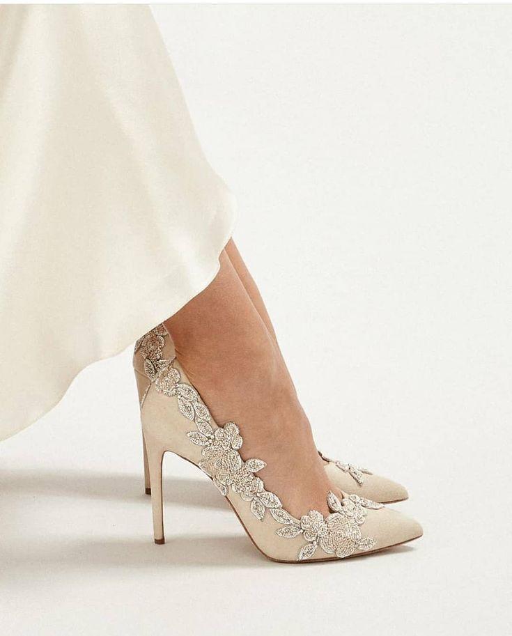 26 pares impressionantes de idéias de sapatos de noiva   – Wedding shoes