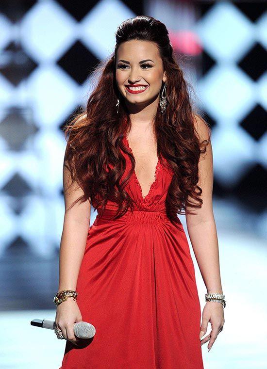 Demi Lovato red hair