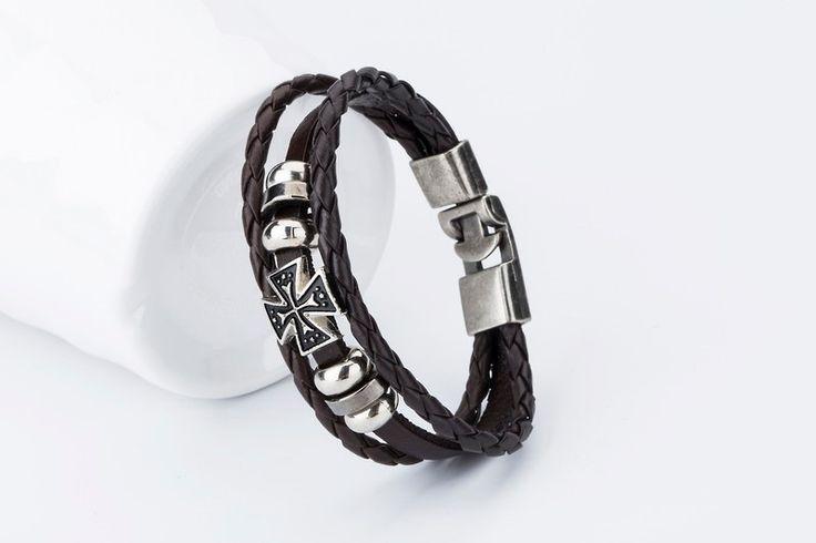Pánský koženkový hnědý náramek s křížem a kovovými korálky + POŠTOVNÉ ZDARMA