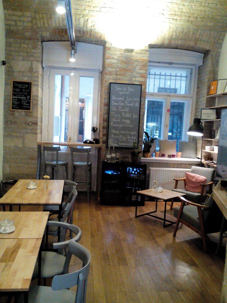 Miegymás Café Budapest, gyerekbarát kávézó/ kid friendly café