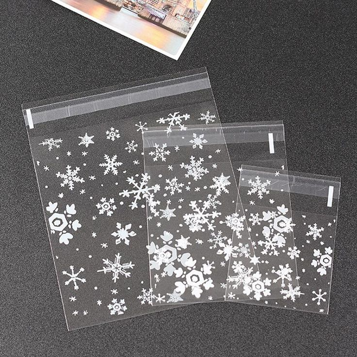 100 Pcs, 3 Sizes Clear Snowflake Christmas Cookie Candy Baking Packaging Plastic Bag, Self-adhesive Snowwhite Gift  Bag Pouch #Affiliate