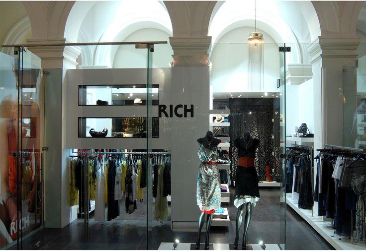 Rich GPO retail outlet - Sandra Grulli Portfolio - The Loop