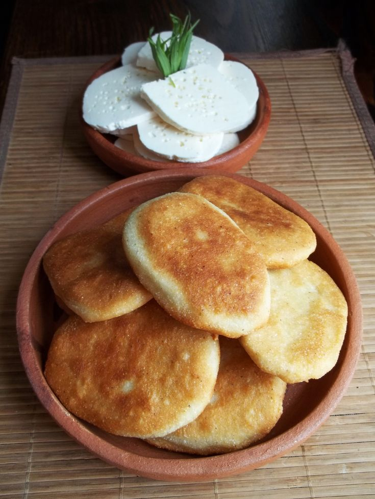 Mchadi is a very popular cornbread traditionally eaten with lobio (beans) and cheese.