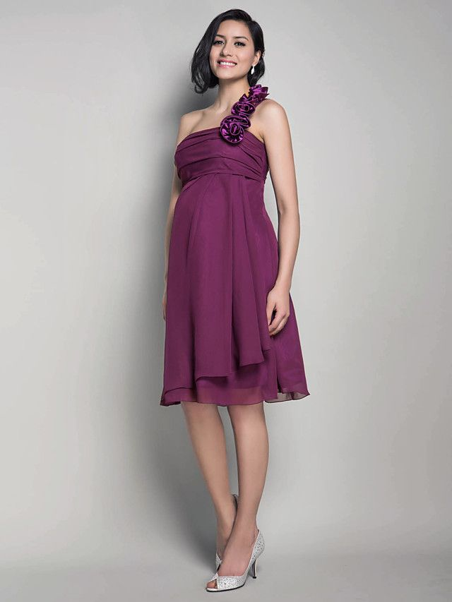 Lanting Bride® Knee-length Chiffon Bridesmaid Dress - A-line / Princess One Shoulder Maternity with Flower(s) / Ruching - GBP £79.19 ! HOT Product! A hot product at an incredible low price is now on sale! Come check it out along with other items like this. Get great discounts, earn Rewards and much more each time you shop with us!