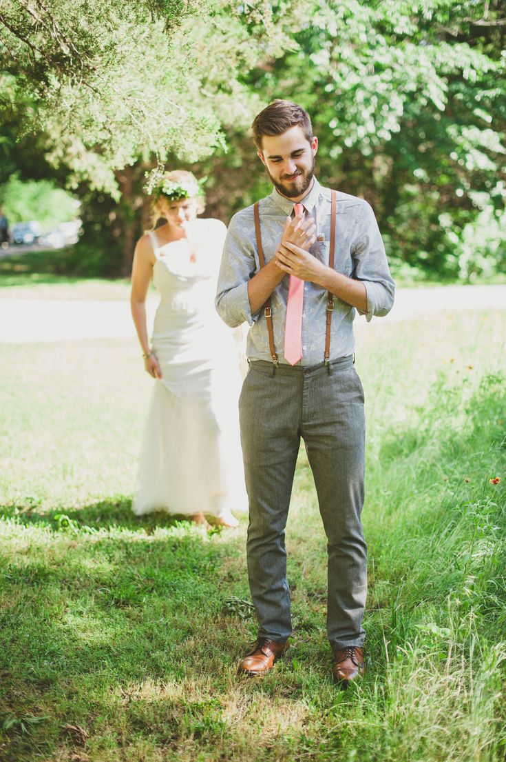Adorable and anxious groom | Photography: Catie Bartlett Photography  - www.catiebartlett.com  Read More: http://www.stylemepretty.com/2014/05/27/earthy-summer-backyard-wedding/