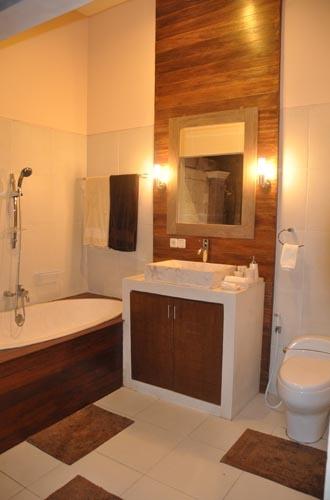 Master Bathroom by night