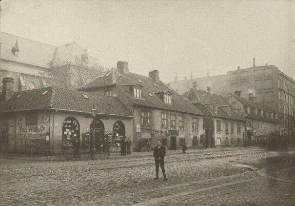 Vesterbrogade mellem Stenosgade og Petersens Passage før 1899.