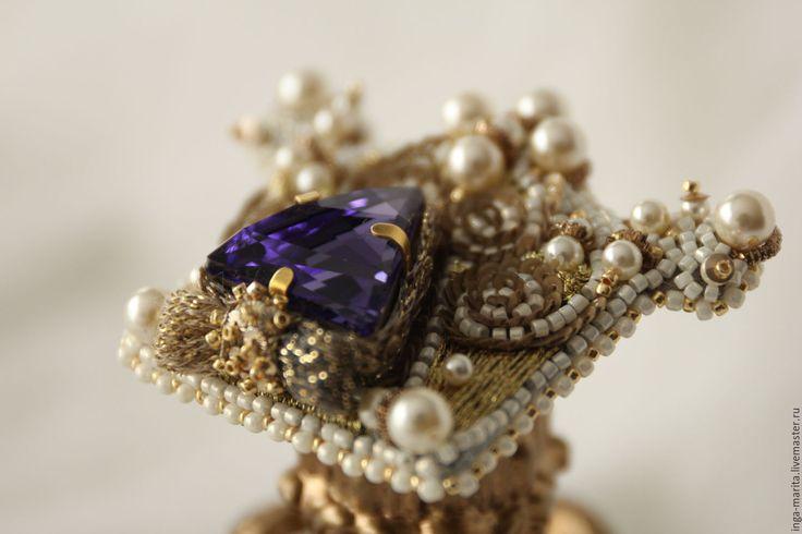 """Купить Гарнитур """"Royal"""" - бежевый, гарнитур, брошь ручной работы, кольцо ручной работы"""