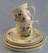 2 Gedecke Motiv Gänse Keramik Kuchenteller Untertasse große Kaffeetasse Becher