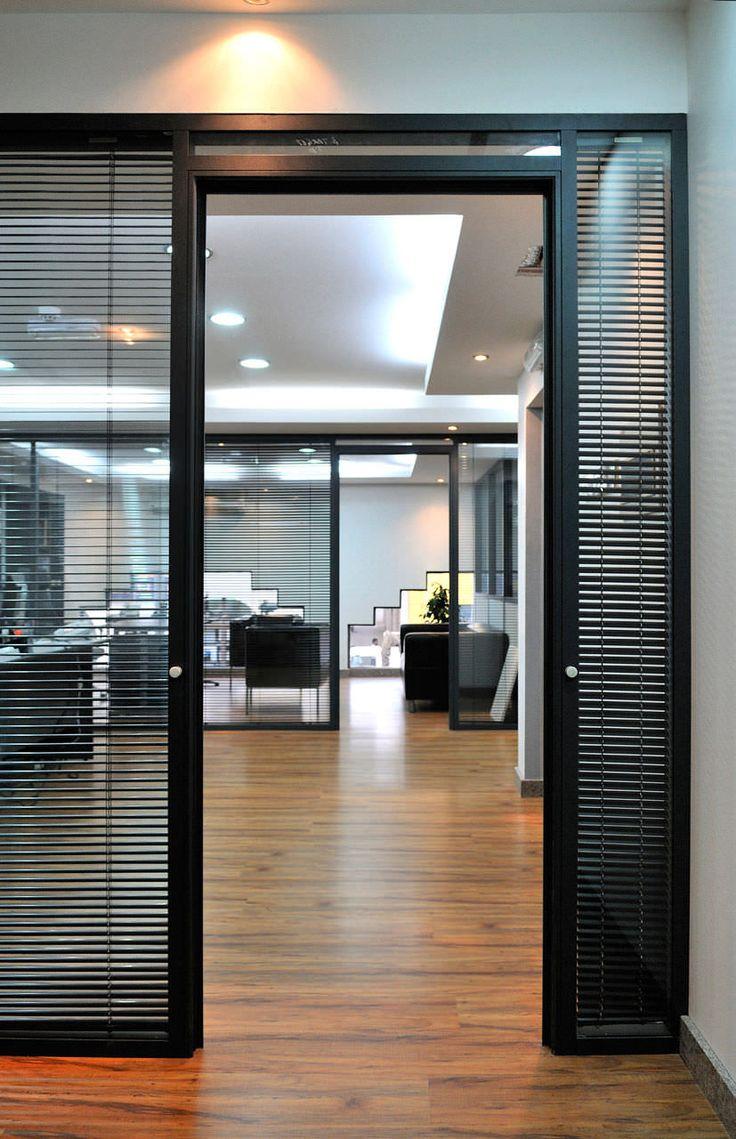 Frameless glass fin facade frameless glass sliding doors amp pool - Afficher L Image D Origine Sliding Door