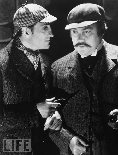 a brief story about sherlock holmes and doctor watson Sherlock holmes canon 127 tacles, and a black bowler, all of which he began to remove as soon as he entered our rooms he also removed.
