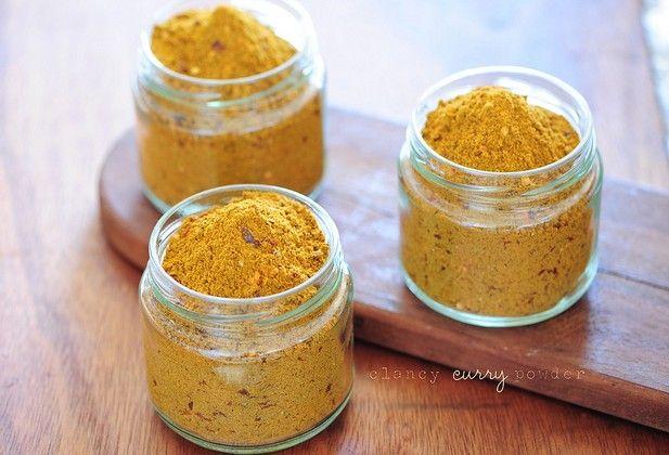 Zo maak je zelf currypoeder