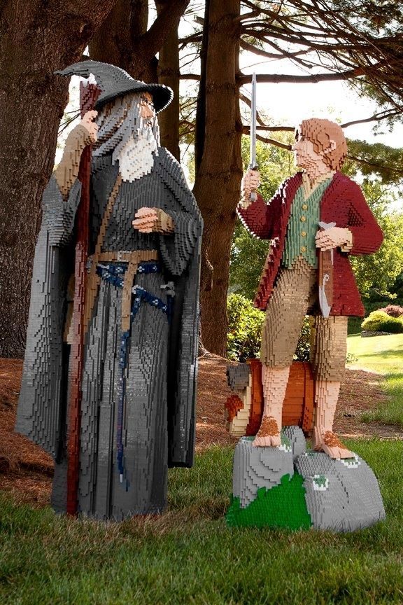 Wow! Gandalf and Bilbo look amazing as Lego statues!