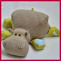 17 mejores ideas sobre animales de tela en pinterest juguetes de fieltro m vil de fieltro y - Cabezas animales tela ...