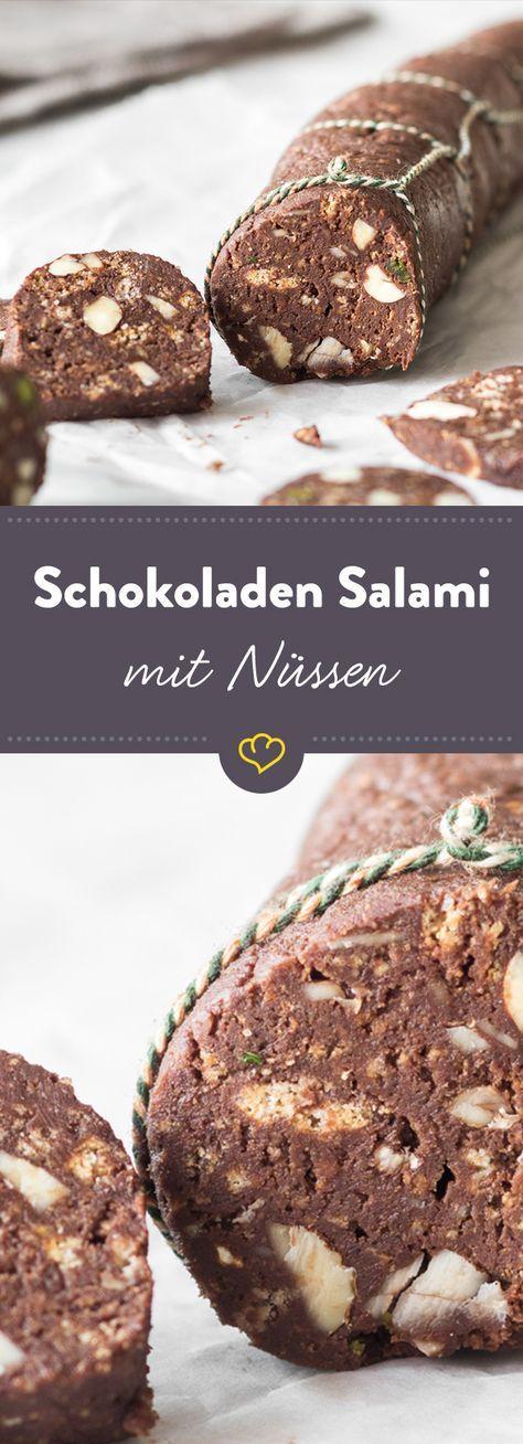 Die italienische Version des deutschen Klassikers besticht vor allem durch die Kombination aus Amaretti, Mandeln, Haselnüssen und Pistazien.