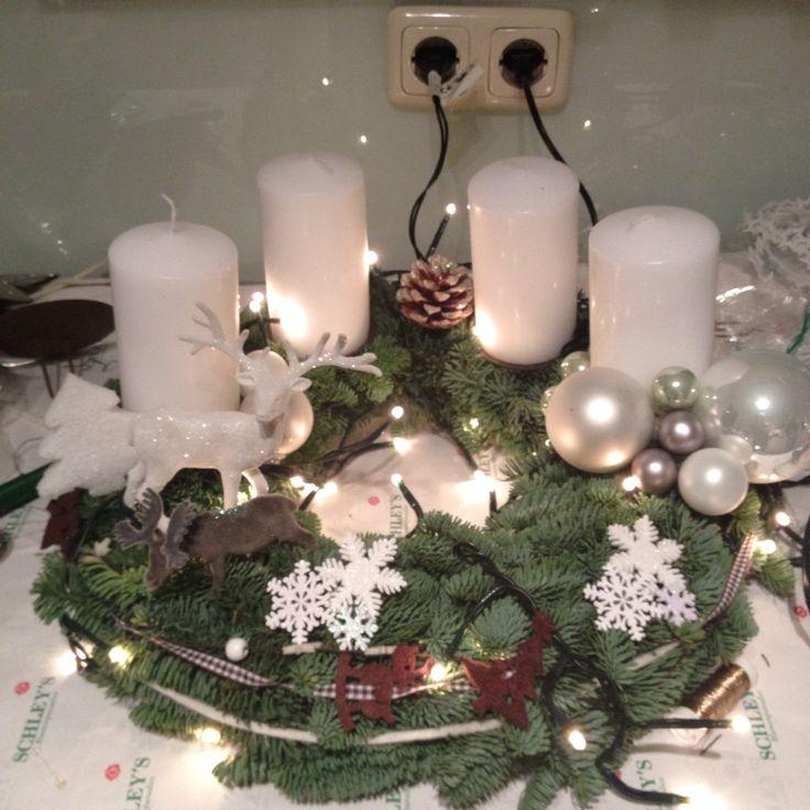 weihnachten adventskranz weihnachten pinterest weihnachten. Black Bedroom Furniture Sets. Home Design Ideas