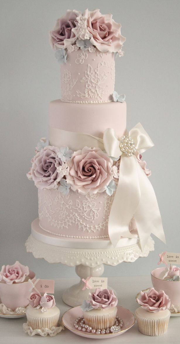 Wedding Cakes with Sugar Flowers - Cotton and Crumbs