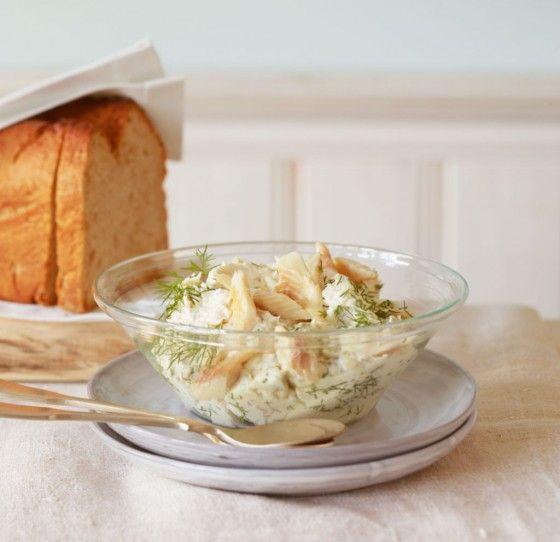 Forellencreme: Forellenfilets mit Zitrone, Dill, Meerrettich und Frischkäse werden ratzfatz zum leckeren Brotaufstrich.