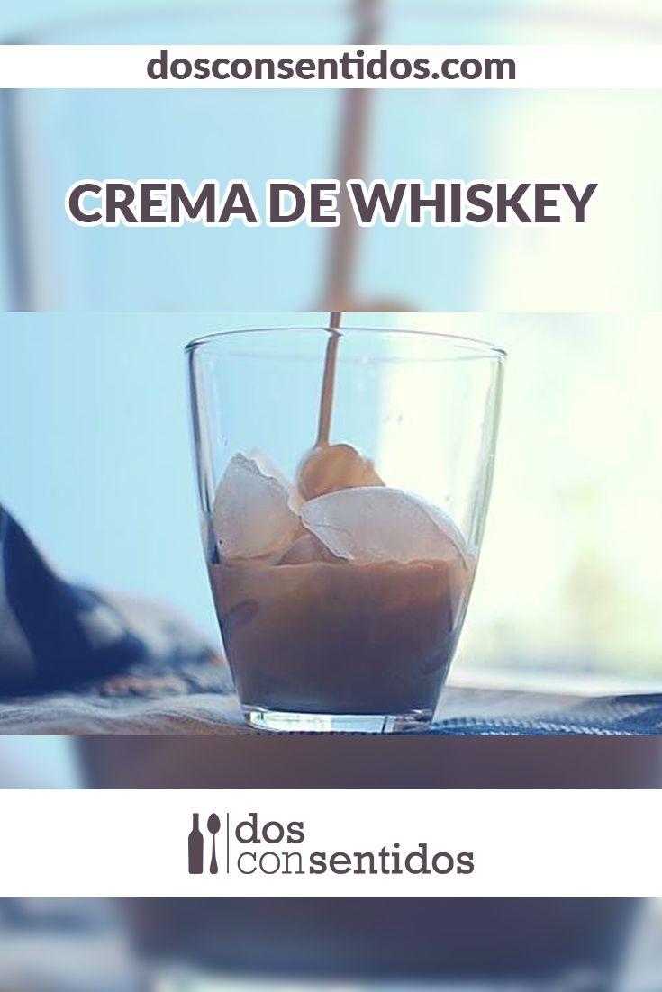La crema de whiskey es un licor suave y cremoso, hecho a base de whiskey (preferiblemente irlandés), crema de leche y unos toques de café, el cual le dan ese representativo olor. Si te encanta el Baileys, anímate a recrearlo con esta simple receta y compartirla con tus amigos.